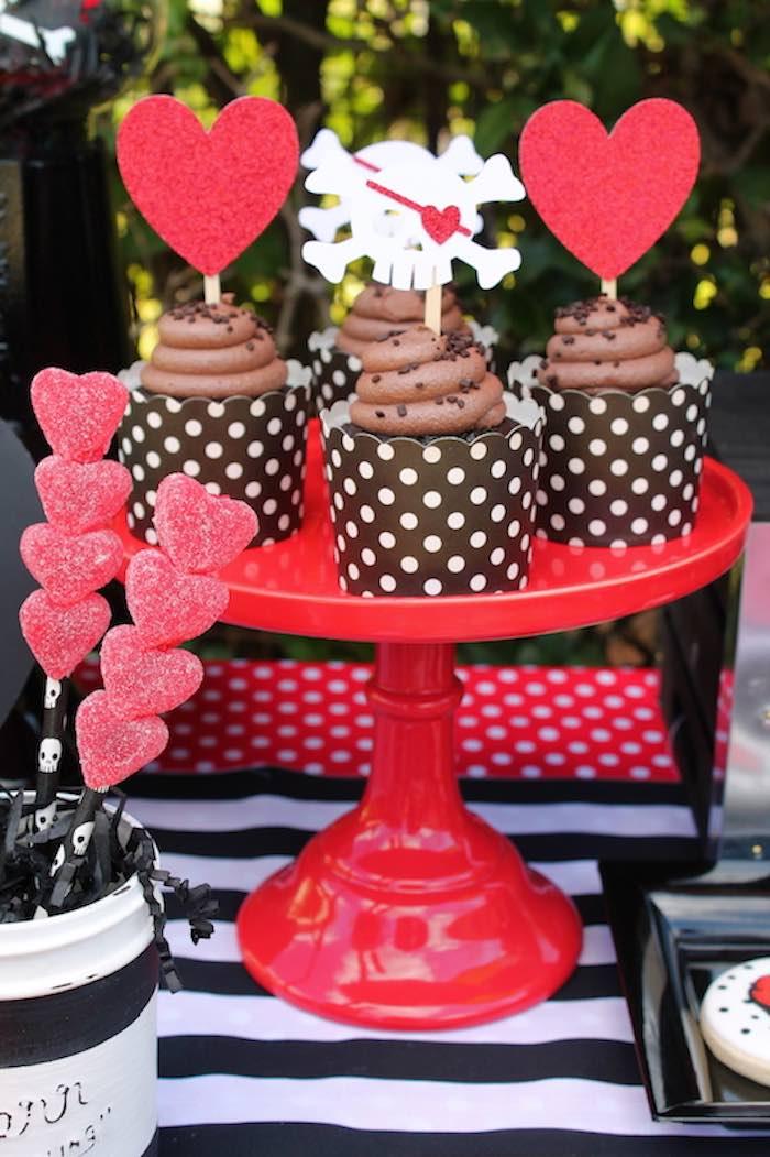 Ideas para fiestas de piratas con corazones 15 - Ideas para decorar fiestas de cumpleanos ...