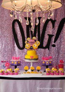 emoji fiesta para niñas