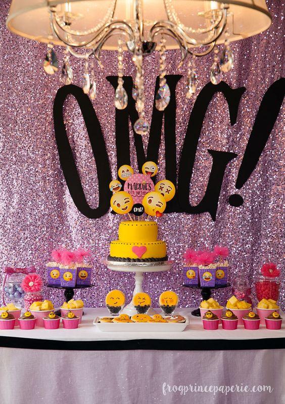 Fiestas niñas 2019 de Fiesta de Emojis