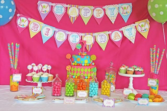 Ideas para decorar mesas de postres en fiestas infantiles 26