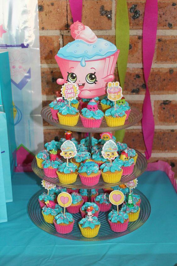 Ideas para fiesta de shopkins for Decoracion de pinatas infantiles