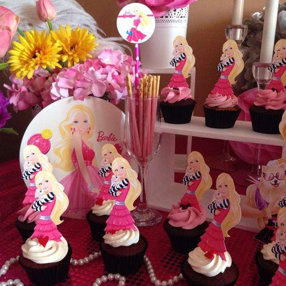 Decoracion de barbie para cumpleanos 46 decoracion de for Decoracion de pared para cumpleanos