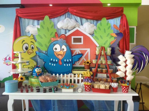 Fiesta temática de la gallina pintadita