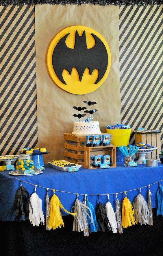 Decoración de mesa principal de Batman