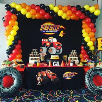 Ideas para fiesta de Blaze and the monster machines