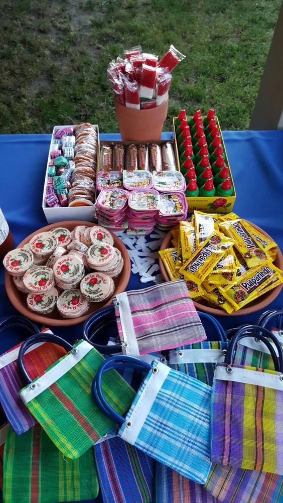como organizar una fiesta mexicana para adultos 25