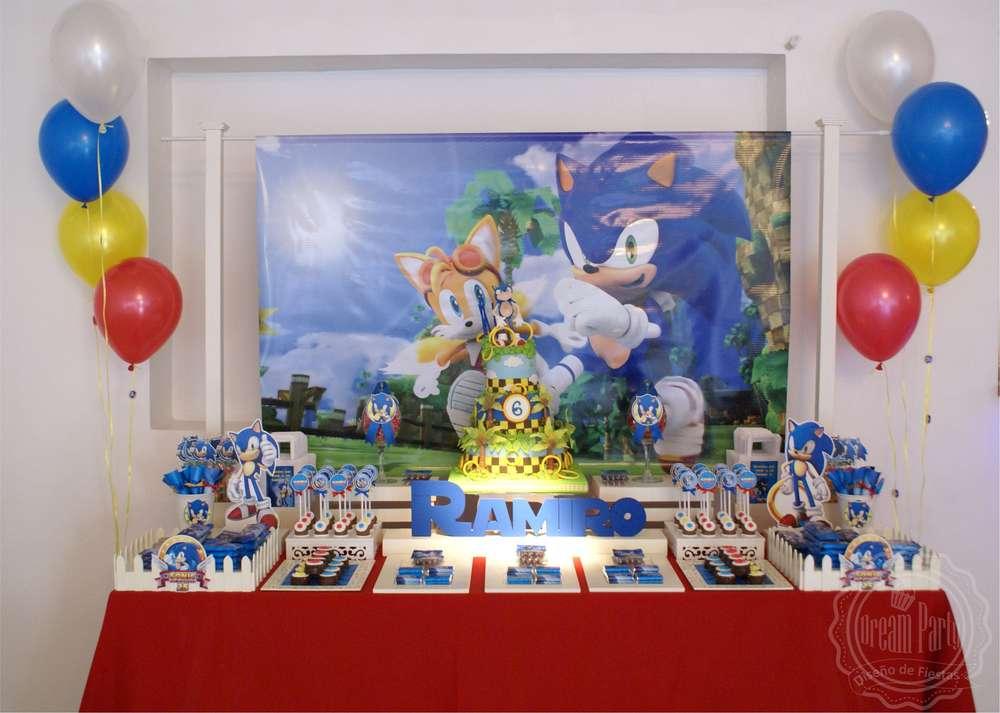 Decoraci n para fiesta de sonic for Decoracion para pared de cumpleanos