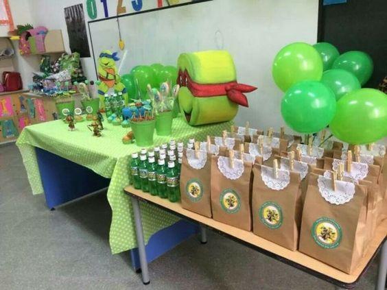 Mesas de postres para fiesta temática de las tortugas ninja