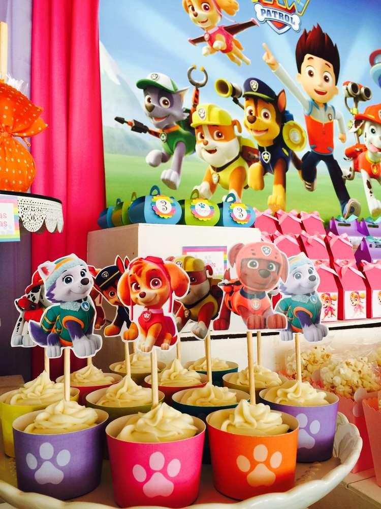 Mesa de postres Fiesta de paw patrol para niña