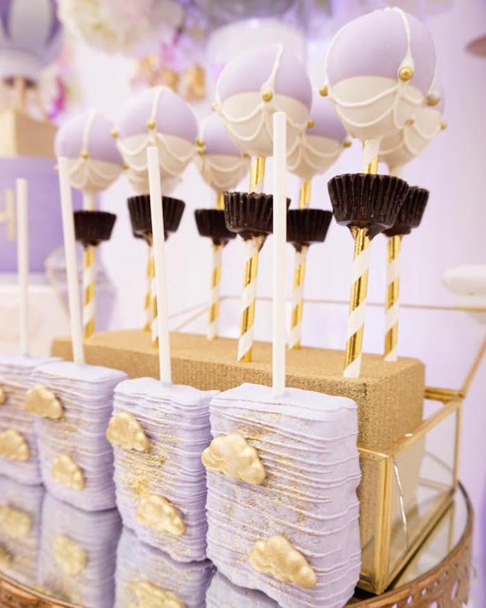 decoracion-de-baby-shower-en-colores-purpura-y-dorado (31)
