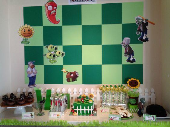 decoracion para mesa principal para fiesta tematica de plants vs zombies