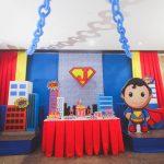Fiesta de superhéroes para niños