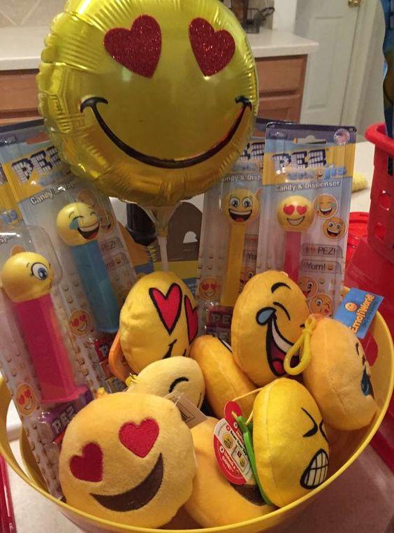 Souvenirs para fiesta de emojis
