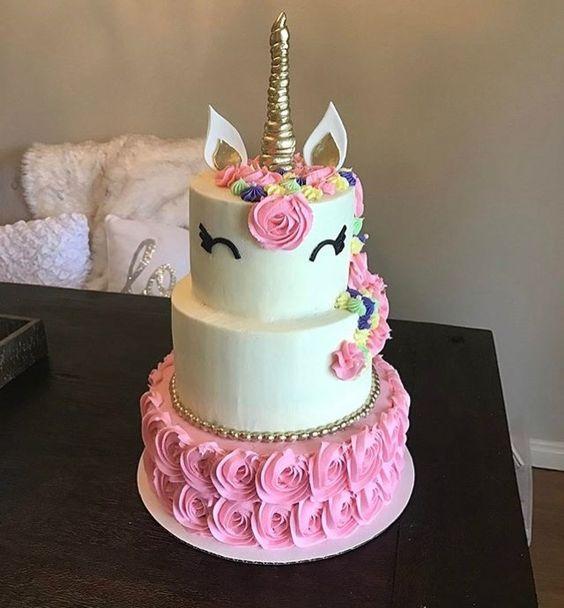 los mejores disenos en pasteles de unicornios 14