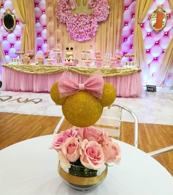 Fiesta temática de minnie rosa y dorado