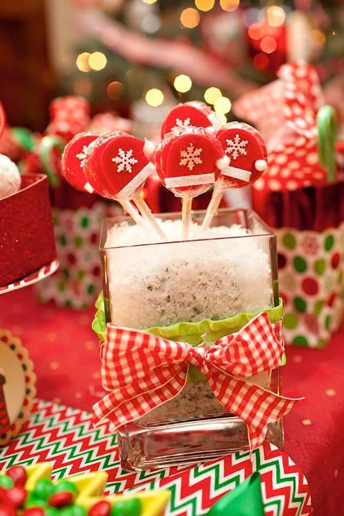 Dulces para mesa de postres en una Fiesta Infantil Navideña