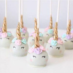 bocadilllos y galletas para mesa de postres fiesta unicornio (3)