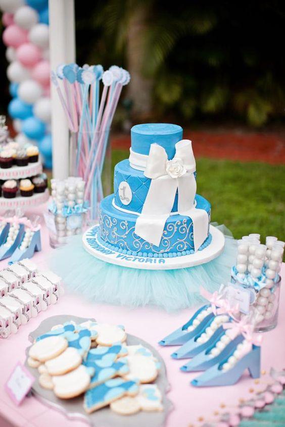 bocadillos y postres para la mesa de dulces tema cenicienta (5)
