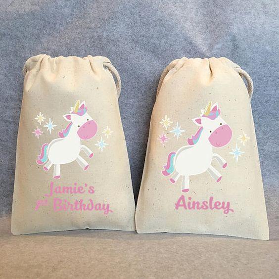 bolos de dulces para fiesta de unicornio