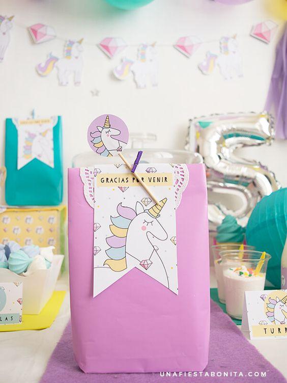bolos de dulces para fiesta de unicornio (4)