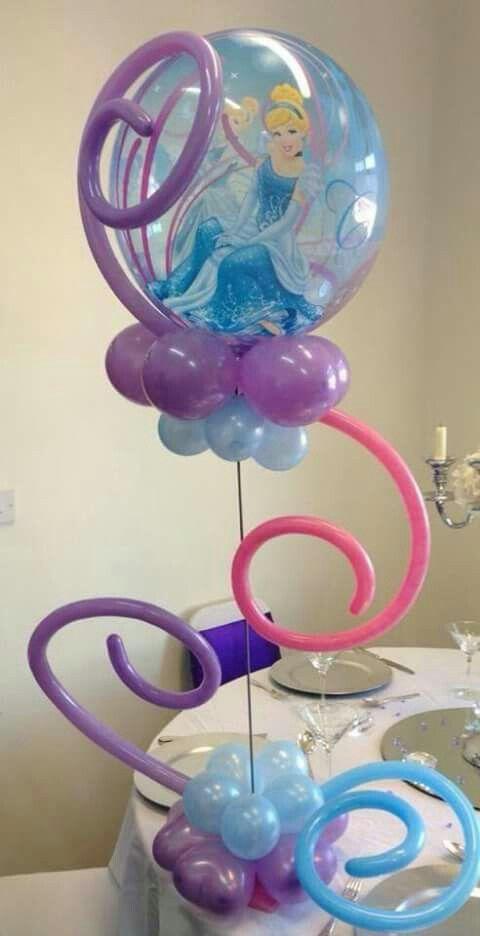 centro de mesa con globos de cenicienta