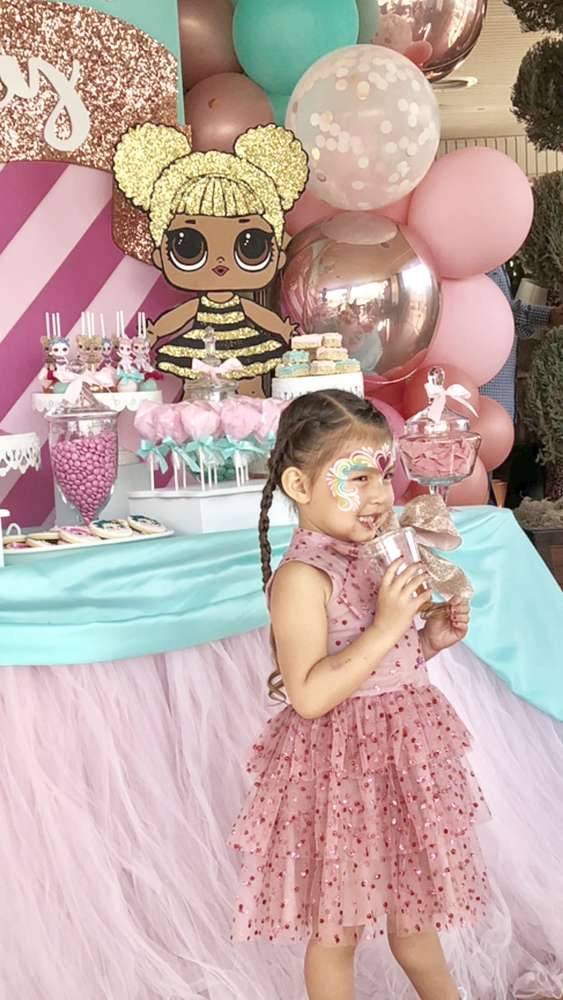 como decorar una fiesta de cumpleanos para nina munecas lol (4)