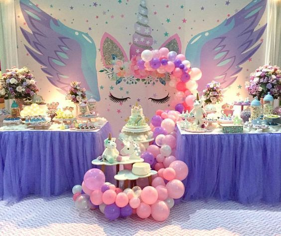Decoracion con globos mesa principal fiesta unicornio for Decoracion para pared de unicornio