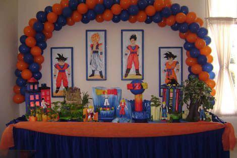 decoracion con globos para fiesta de goku