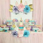 decoracion de mesa principal fiesta de unicornio (11)