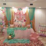 decoracion de mesa principal fiesta de unicornio (15)