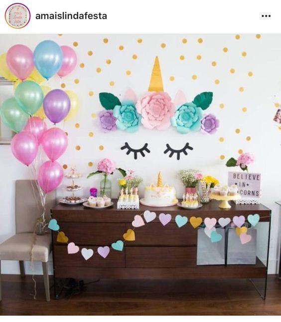 Decoracion de mesa principal fiesta de unicornio 4 for Decoracion para pared de unicornio