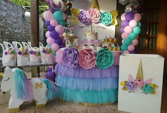 Decoracion de mesa principal fiesta de unicornio 7 for Decoracion para la pared de unicornio