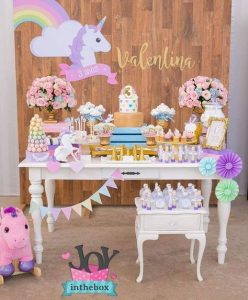 decoracion mesa principal fiesta unicornio bebe