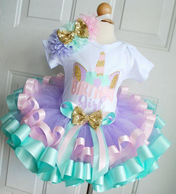 Disfraz de unicornio para nina 7 decoracion de fiestas for Decoracion para pared de unicornio