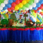 ideas para decorar con globos una fiesta del pajaro carpintero
