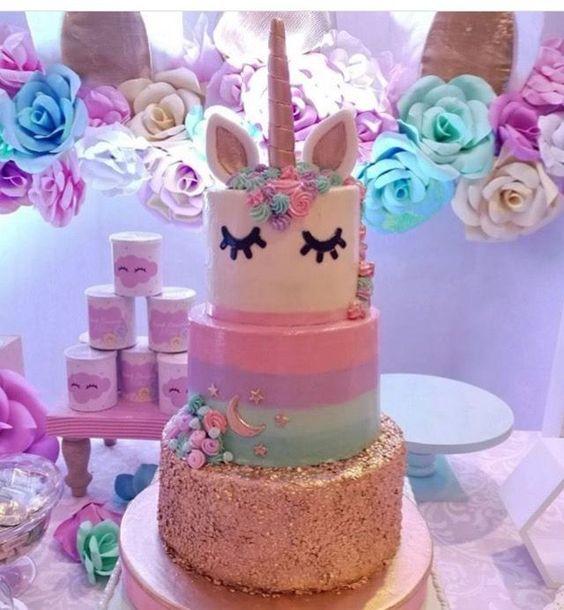 pastel de 2 pisos para fiesta infantil de unicornio (4)