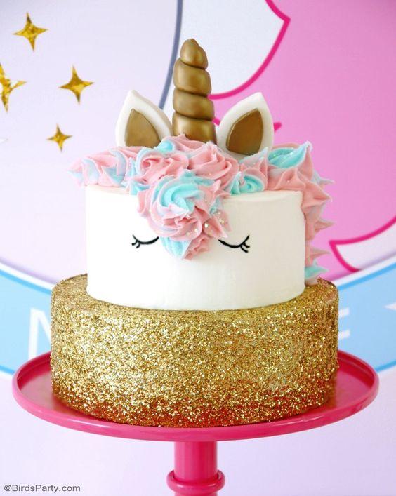 pastel de 2 pisos para fiesta infantil de unicornio