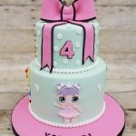 pastel de dos pisos para nina tarta de cumpleanos tema munecas lol (2)