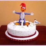 pastel del pajaro loco para cumpleanos
