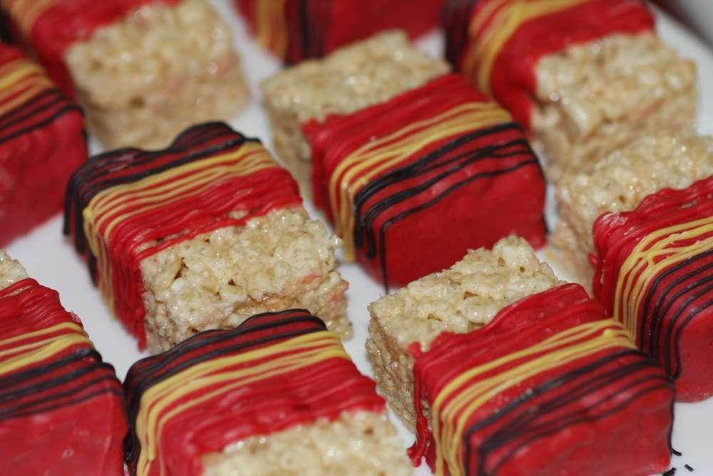 cumpleanos de los increibles mesa de dulces (6)