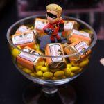 decoracion de los increibles mesa de dulces