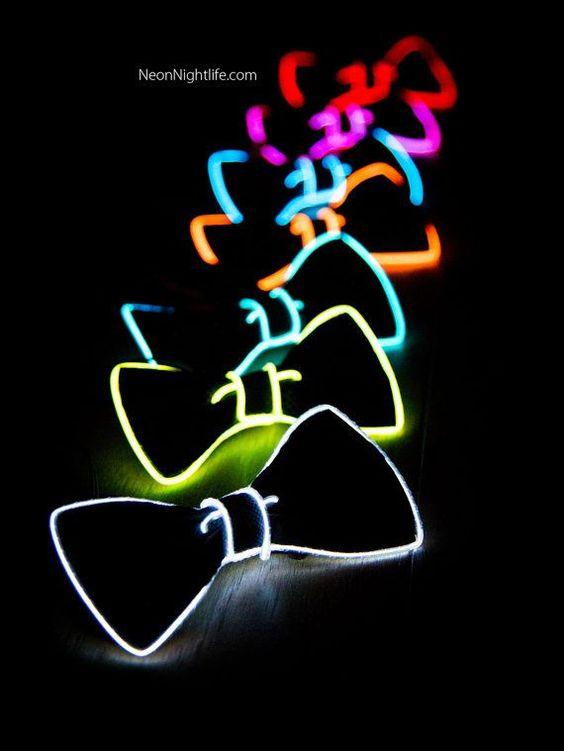 monos neon
