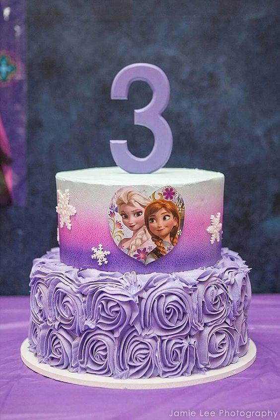 pastel de elsa frozen 2