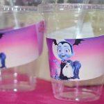 vasos personalizados para fiesta de vampirina