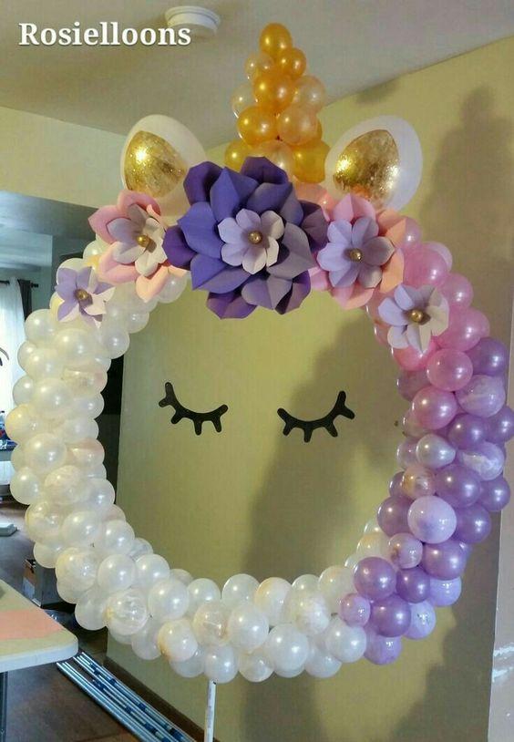 ideas con globos para fiesta de unicornio