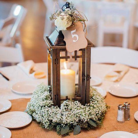 Centros de mesa con velas para bautizo