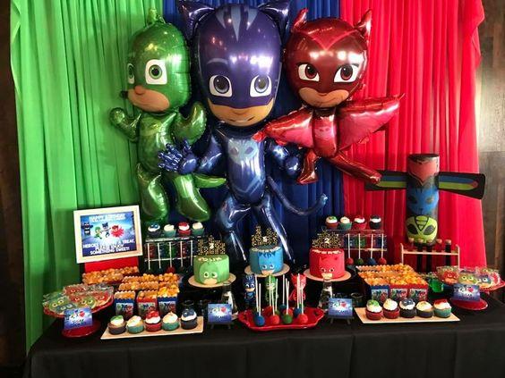 ideas para decorar fiesta infantil de heroes en pijama