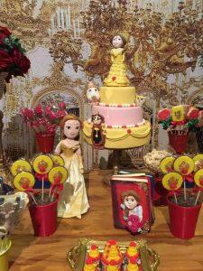 colores para una mesa de dulces de bella y la bestia