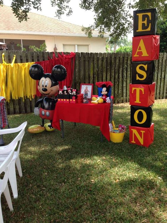 Decoración de mickey mouse para fiestas