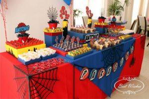 Decoración de spiderman para fiestas